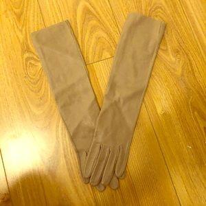 Ann Taylor Gloves